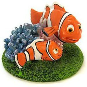 penn-plax-finding-nemo-resin-nemo-marlin-ornament-nmr7